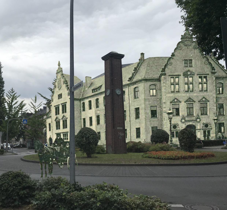 Amtsgericht Rheydt, damals und heute, Photomontage